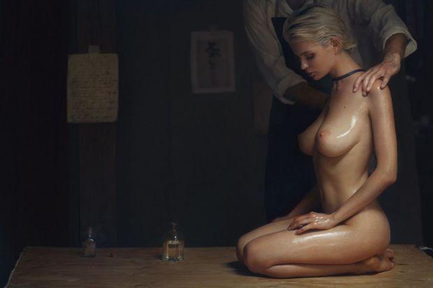 ДАМИ КАНЯТ : Юлия е на масаж