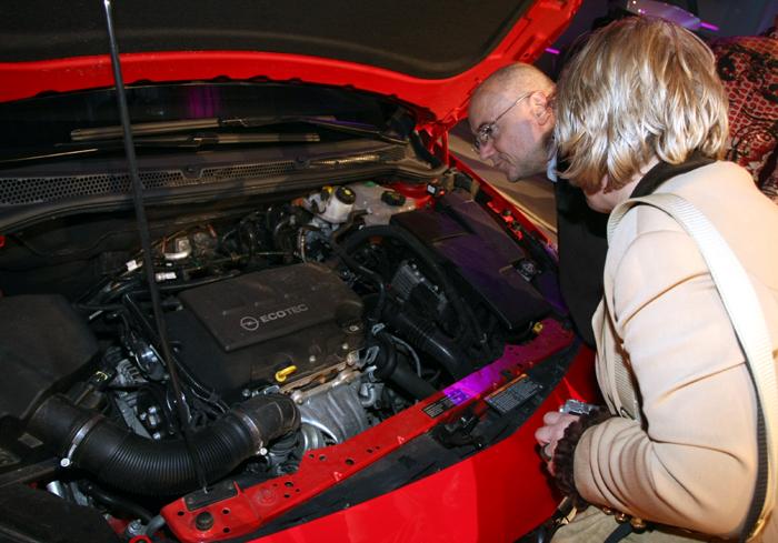 Дебютът на новия Opel Astra