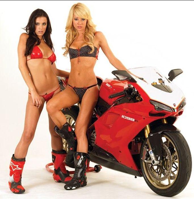 Мацки и мотоциклети