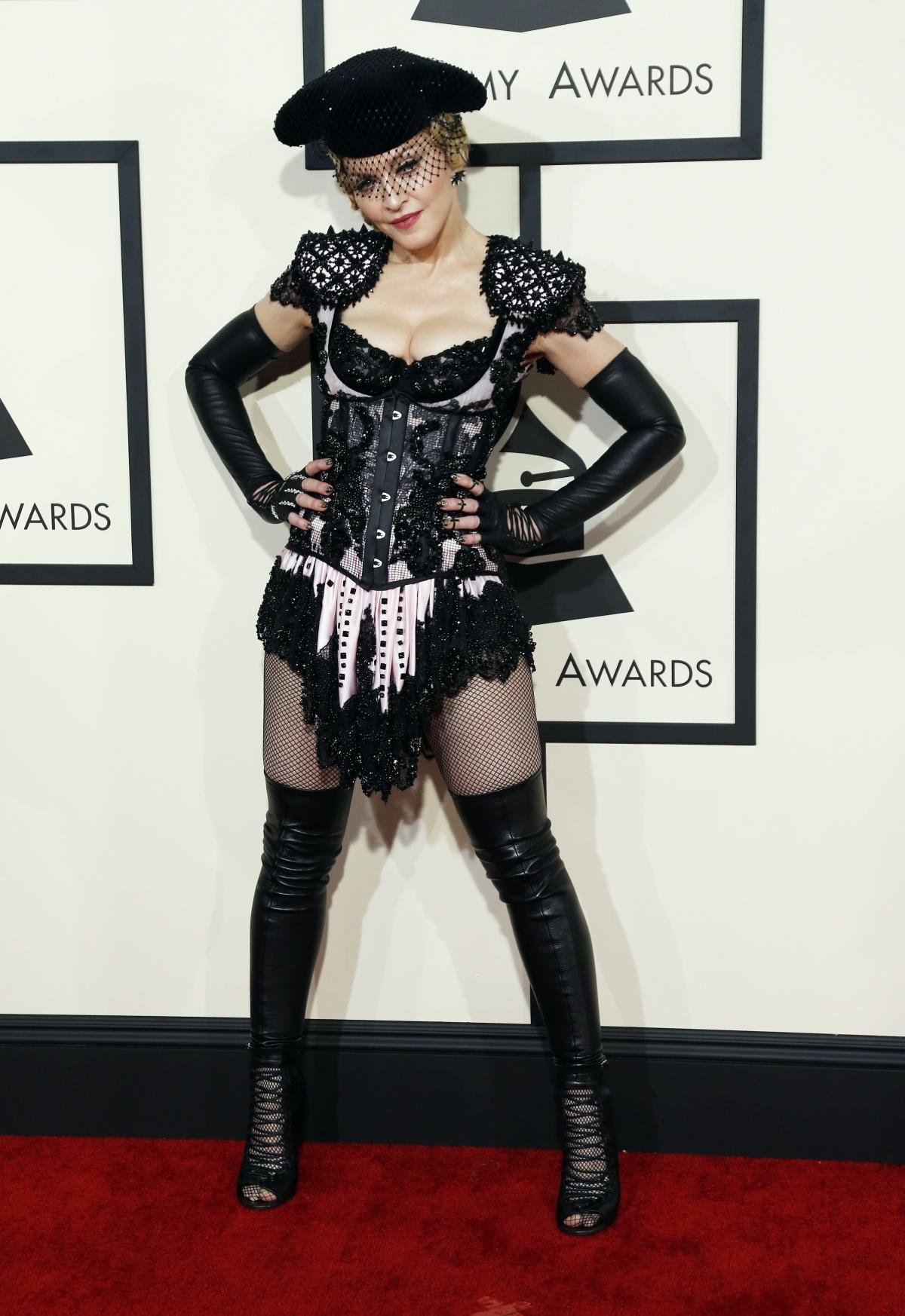 Мадона в натурален вид!