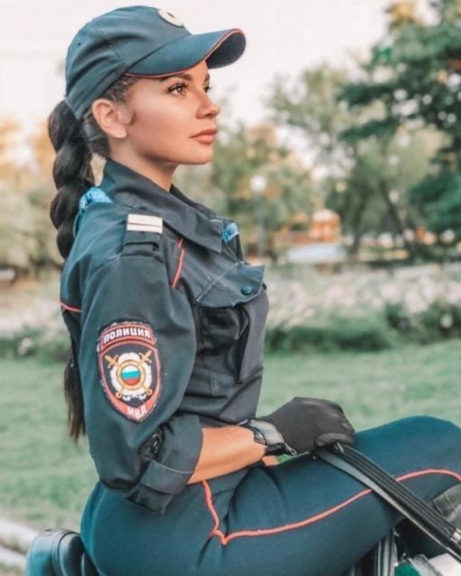 Красивата конна полиция